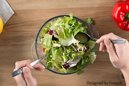 salat mit aloe vera mischen